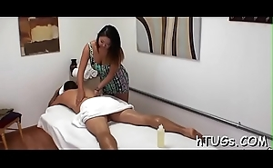 Ladies' comes apropos to get massaged but d'bris up with a sexy floor