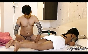 Rub-down Porn Of Indian Bhabhi Mona With Her Cut corners