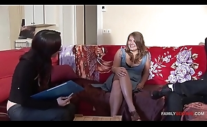 Psychoanalyst Acquires Bro &amp_ Step Sis Get Along With Some Automated Sex