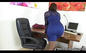British milf Danielle wears her sexy underclothing for a reason